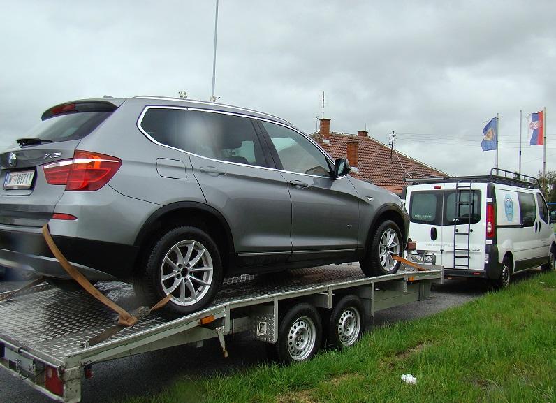 Detektivi vratili ukradeni BMW X3